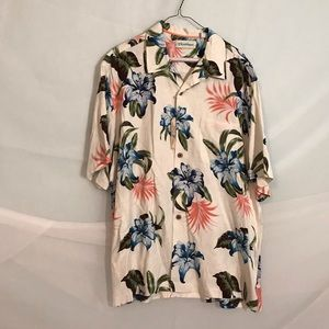 Hawaiian style button down shirt